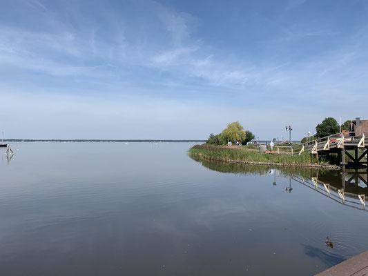 ... geht es am Freitag nach Hannover, um meinen Bruder von Sennheiser abzuholen, wo er beruflich die Woche zu tun hatte ... da ich etwas zeitig ankomme schaue ich nochmal beim Steinhuder Meer vorbei ...