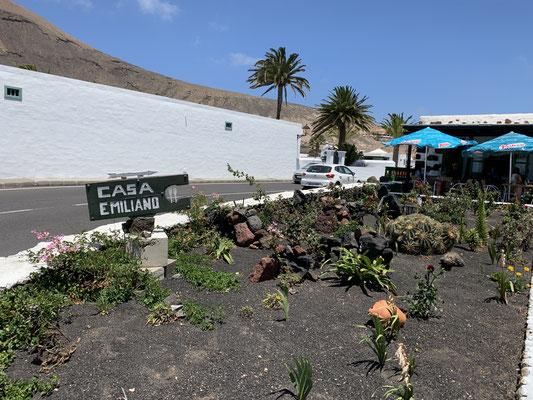 """Zur Belohnung gab es beim """"Casa Emilio"""" (hier soll es laut Hafenmeister das beste Fleisch der Insel geben) einen """"gemischten Fleischteller"""" ..."""