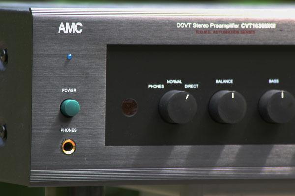 die vorhandene Klangregelung kann abgeschaltet werden