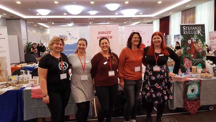 von links: Sontje Beermann, Erin J. Steen, Lisa Summers, meine Wenigkeit ;-), Stefanie Kullick