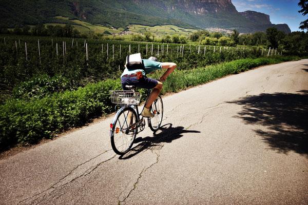 Auf der Suche nach der Höchstgeschwindigkeit am Kalterer See bei unserer Radtour zwischen Bolzen und Verona