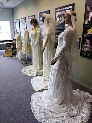 A Century of Wedding Dresses - 1894-1995 (photo by Arlene)
