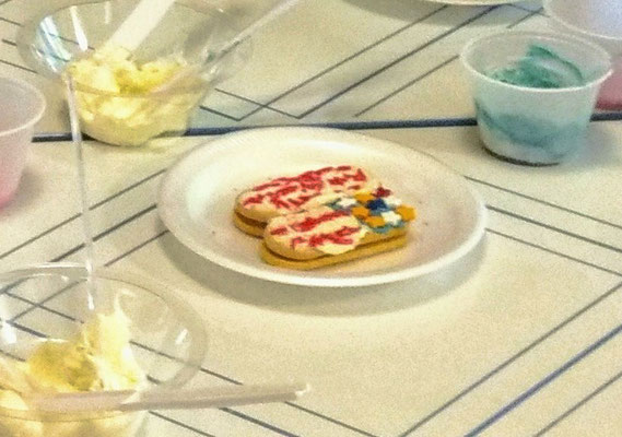 """Cookies decorated with """"red, white and blue"""" frosting (photo by Arlene)"""