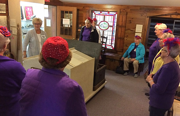 Elayne discusses the history of Dutch settlers in Zeeland.