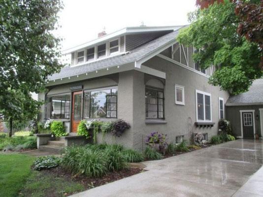 Boeve Home -- 125 S. Centennial St.     mlive.com