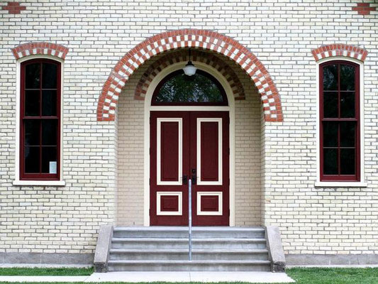 Veneklasen brick adorns the outside of the New Groningen Schoolhouse. Rob Wetterholt Jr./Sentinel Staff