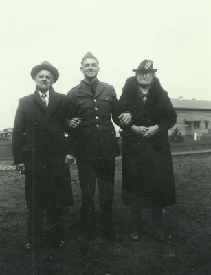 Egbert Vander Kooi and parents