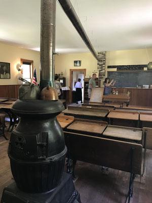 Dewitt School - 17710 West Taft Street, Spring Lake