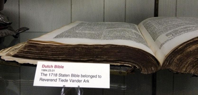 Dutch Bible - c. 1718