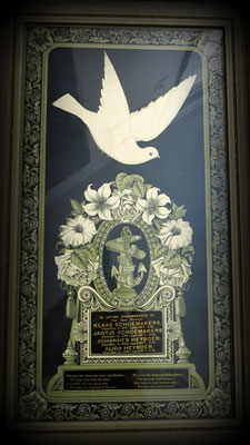 This is a memorial lithograph for Klaas and Jantje Schoemakers (parents of Lawrence Schoemakers) and Johannes and Alida Heyboer (parents of Elizabeth (Heyboer) Schoemakers). The design is from a 1784 painting.      c. 1900