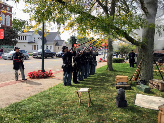 The soldiers fire their muskets. (photo by Susan)