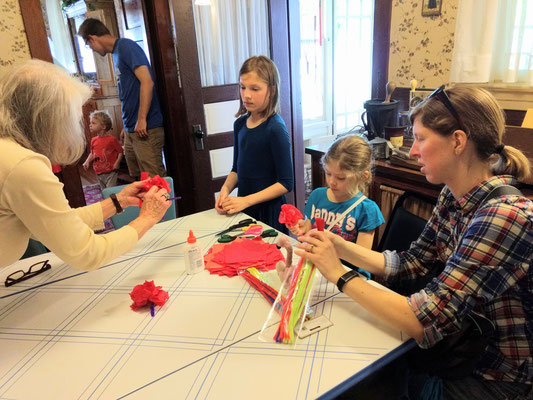 Making poppies to honor our military veterans