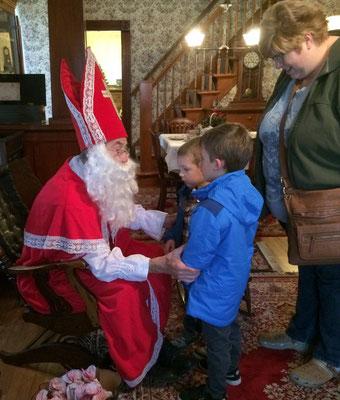 Good children will get presents from Sinterklaas and ...