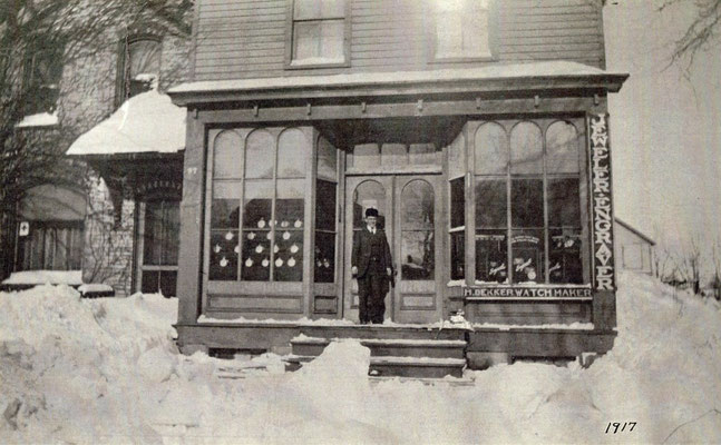 1917 - The store front as it stood in 1917. Notice the windows on the upper floor