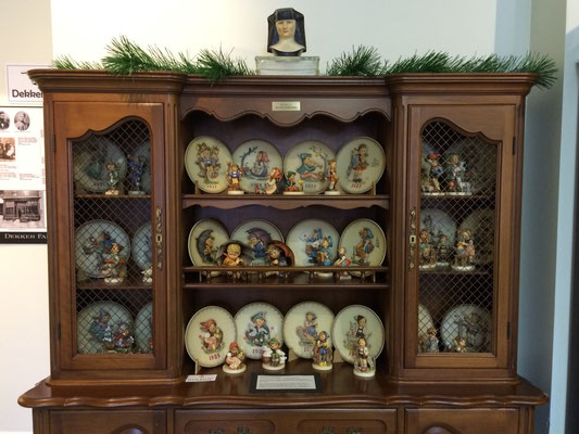 This collection contains a complete 50-piece set of Annual Hummel Plates and their corresponding Hummel figurines.