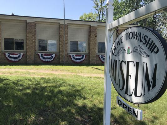 Olive Center School - 11768 Polk Street, Holland