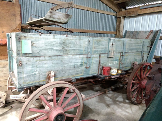 1918 John Deere Wagon (photo by Arlene)