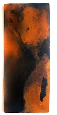 iim Grubenbrand geschmauchte, unglasierte, polierte Tonplatte