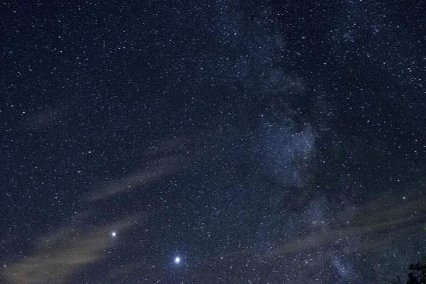 Accompagner Saturne, Jupiter et se perdre dans la voie lactée