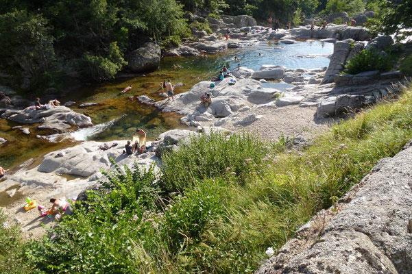 """Se retrouver pour la baignade à """"la plagette"""" au Pont-de-Montvert"""