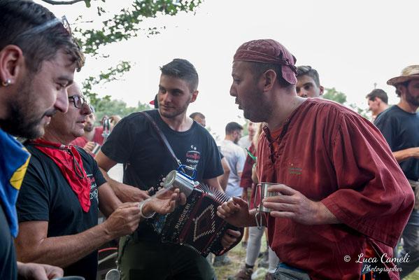 FESTA BELLA 2019 ~ SPELONGA - Taglio dell'albero - RisorgiMarche