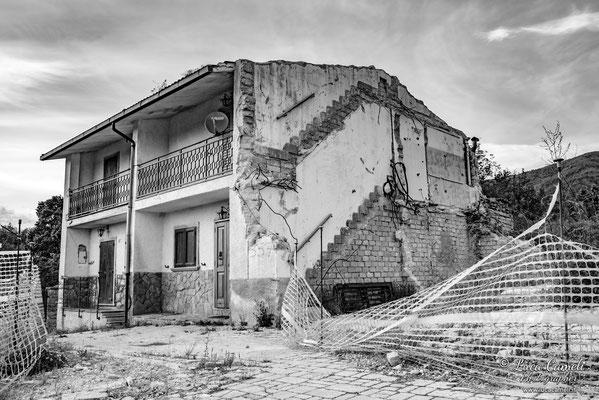 Lo Stato Delle Cose: Terremoto Centro Italia 5 Anni Dopo. Amatrice Frazione Villa S. Lorenzo a Flaviano, zona rossa. © Luca Cameli Photographer