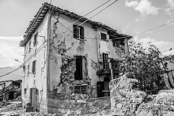 Terremoto Centro Italia. Illica, settembre 2016. © Luca Cameli Photographer