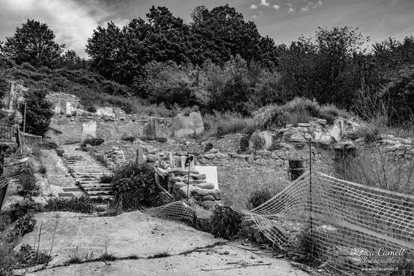 Lo Stato Delle Cose: Terremoto Centro Italia 5 Anni Dopo. Grisciano, zona rossa. © Luca Cameli Photographer