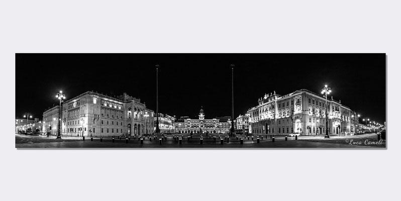 """""""Trieste Mon Amour"""" Piazza Unità d'Italia - Le Rive, Trieste. Premiato """"Premio Internazionale Ambasciatore d'Arte 2019"""" Istanbul ~ Shanghai ~ Pechino ~ Tokyo. © Luca Cameli Photographer"""