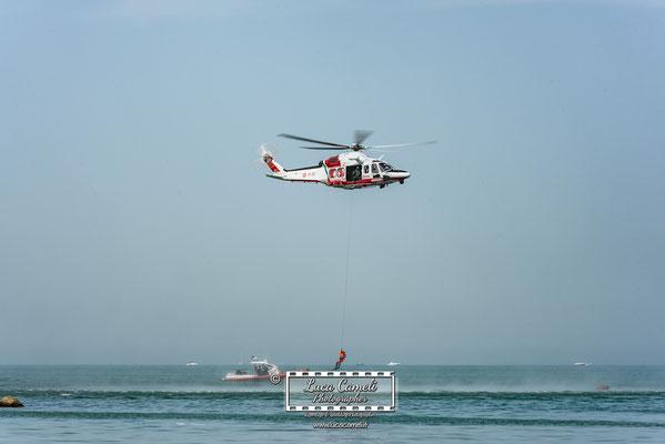 Air Show - Elicottero AW139CG - 3° Reparto Volo Guardia Costiera Pescara- San Benedetto del Tronto