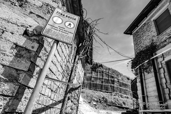 Lo Stato Delle Cose: Terremoto Centro Italia 5 Anni Dopo. Spelonga, zona rossa. © Luca Cameli Photographer