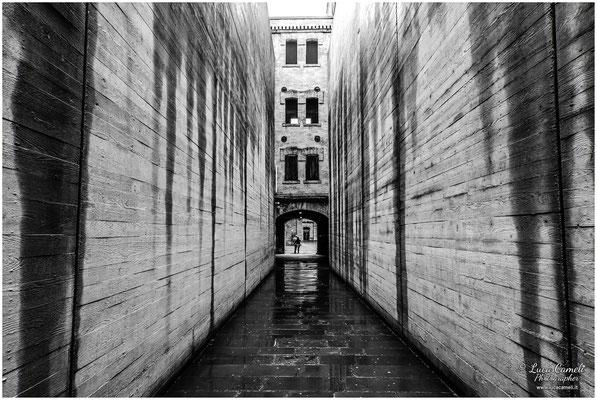 Risiera di San Sabba, Trieste. Corridoio d'ingresso dopo il restauro di Romano Boico. Per Non Dimenticare ~ Giorno Della Memoria, 27 Gennaio. © Luca Cameli Photographer