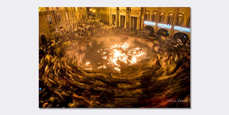 """Girone Inferno Dantesco"", Vlurd - Carnevale Storico Di Offida. © Luca Cameli Photographer"