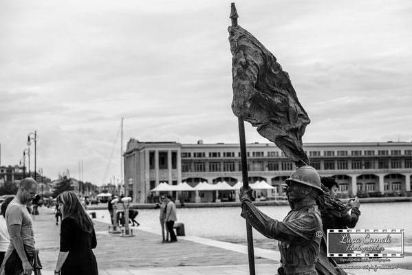 Trieste - Statua del Bersagliere, Stazione Marittima di Trieste. © Luca Cameli Photographer