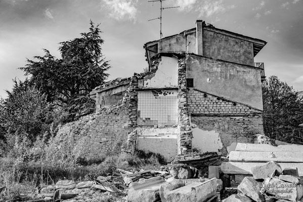Lo Stato Delle Cose: Terremoto Centro Italia 5 Anni Dopo. Amatrice Frazione Retrosi, zona rossa. © Luca Cameli Photographer