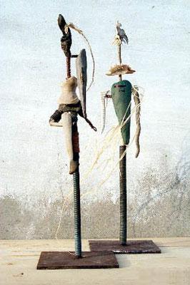Guerriers , 48.5 x 10 x 10 cm & 50 x 15 x 15 cm, Ghana 2000.