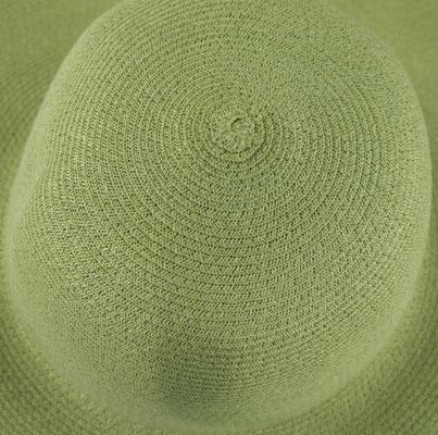 hemp capeline. Brim approx. 10 cm, width of braid approx. 0,6cm. Colour: pale green