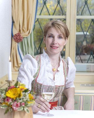 Businessportrait, Manuela Wildeis, Kirchenwirt in Weissenkirchen, Wachau, Niederösterreicherin