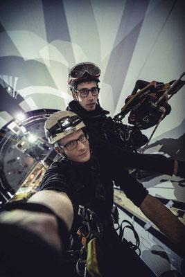 Selfie in 60m Arbeitshöhe. Im Einsatz 2 ActSafe Seilwinden, um täglich mehrfach die 60m Seilstrecke aufzusteigen.