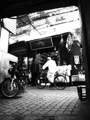 Dringend - Ort: Marrakesch/Marokko
