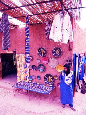 Azurblau - Ort: Ait Ben Haddou/Marokko