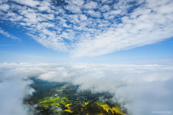 33 - Schwerelos in den Wolken I