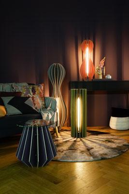 farbige holzlampen für wohnzimmer