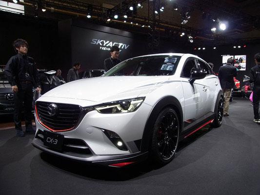 CX-3レーシングコンセプト 低くなった車高でイメージが一変!