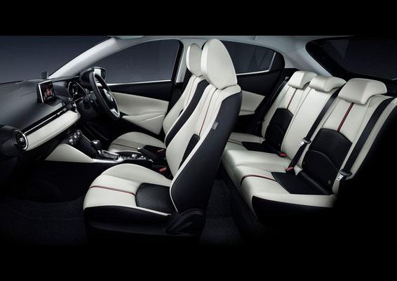 新型「デミオ」インテリア(日本仕様車)