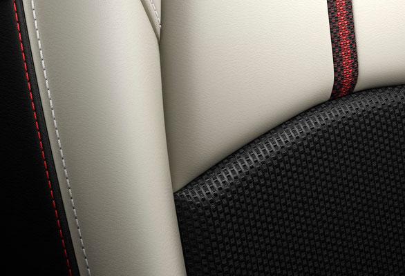 新型「デミオ」シート 白革(日本仕様車)
