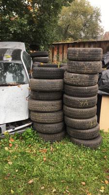 auch Reifen und Autoteile werden jederzeit abgeholt