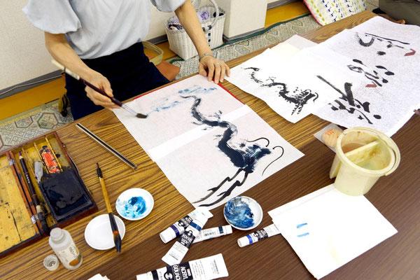 龍にも、色々な描き方があります。