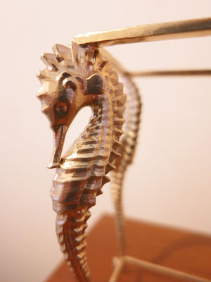 Seahorse table made with real bronze metal and pink marble , 1:12 scale