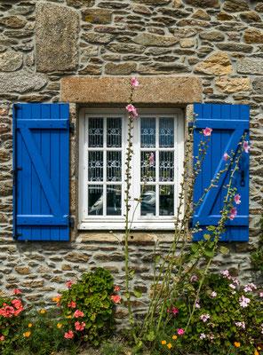 Une fenêtre bleue